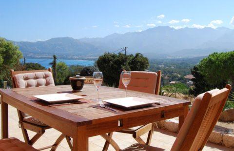 T3 de 68,30 m², terrasse et jardin de 140 m² dans les hauteurs de Calvi