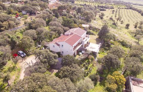 Villa de 206 m² sur terrain de 3522 m² arboré