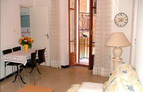 Au premier étage, T2 de 33,53 m² avec balcon de 9,63 m²