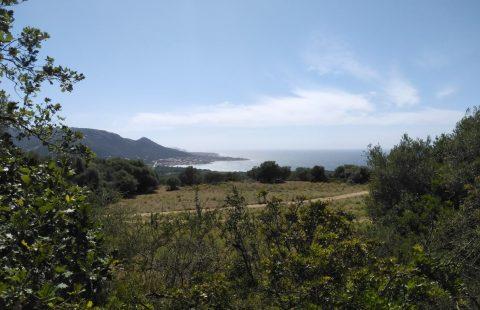 Terrain à bâtir de 4500 m² vue mer et montagnes