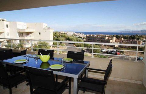 T3 avec terrasse et vue mer