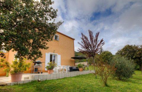 Moncale : villa de 125 m² avec piscine
