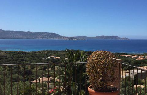 Lumio villa avec vue mer de 136 m², à 2 minutes des plages