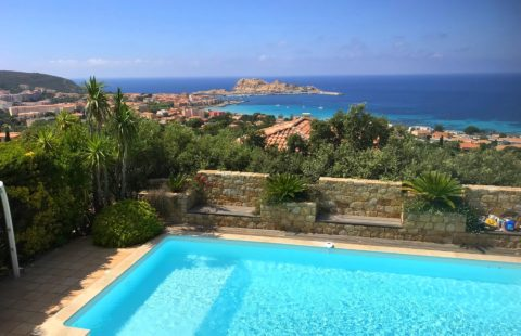 Villa de 266 m² avec vue mer et piscine