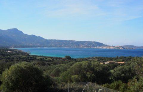 Villa à 800 mètres des plages avec terrasse panoramique