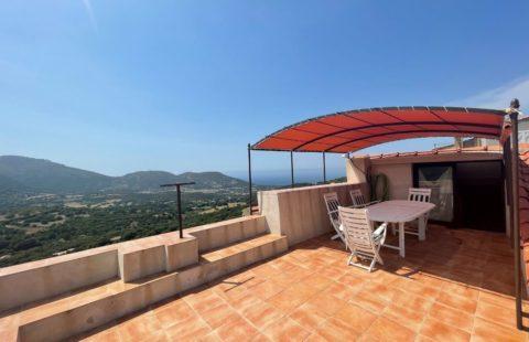 Maison de village de 138 m² avec terrasse vue mer